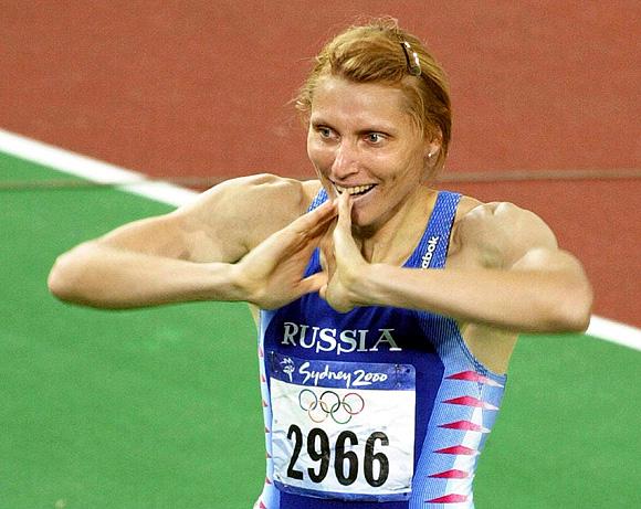 С результатом 8,38 секунд в барьерном беге на 60 метров первой пришла екатерина блескина (на фото)